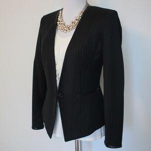 WHITE HOUSE BLACK MARKET Size 6 Blazer Jacket